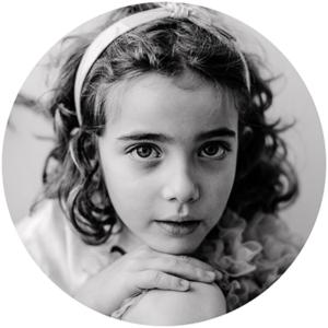 bebes-niños-fotos-estudio-prefesional-bilbao-bizkaia-petitlolarte-leioa-fotografo